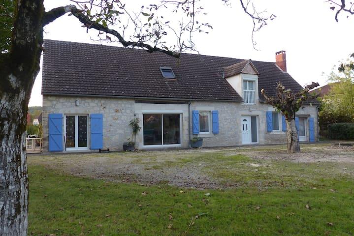 Belle longère rénovée proche  Rocamadour : ST SOZY - Saint-Sozy - Casa
