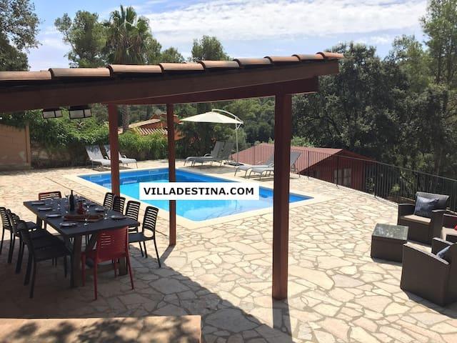 Villa Destina, Begur (max. 8/12 pers) with pool