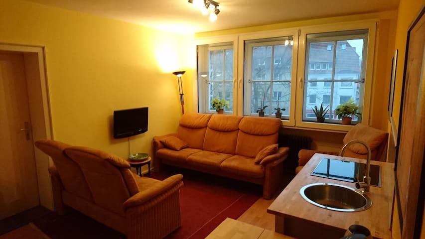 Zwei ruhige helle Zimmer im Zentrum von Osnabrück