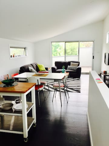 | Treetop | Spacious apartment - Moonee Ponds - Apartemen