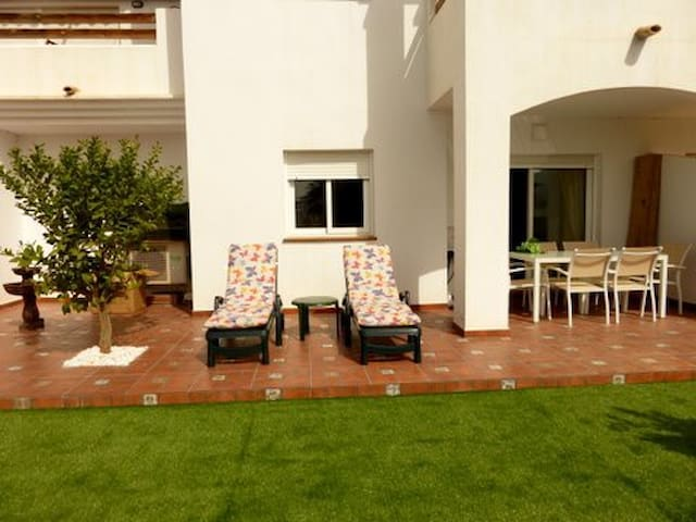 Apartam. con increíble terraza en Playazo de Vera - Vera