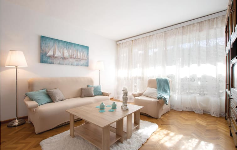 Holiday apartment with 1 bedroom on 60m² in Split