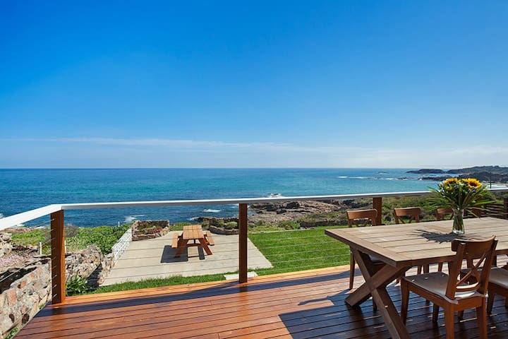 Stunning Oceanfront - Fishermans Bay - Rumah