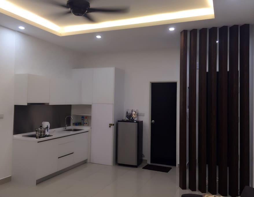 Kitchen area~