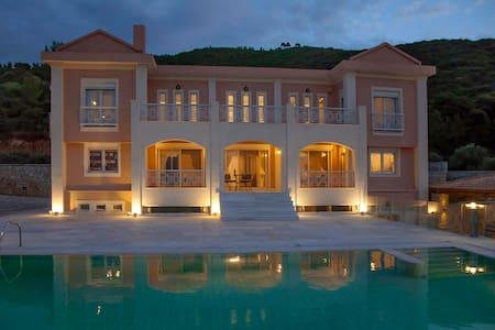 Hestia: Your dream vacation home next to Athens - Agii Apostoli