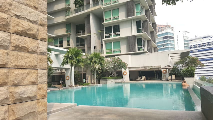 Memorable Stay at The Heart of KL:1 King-2 Singles