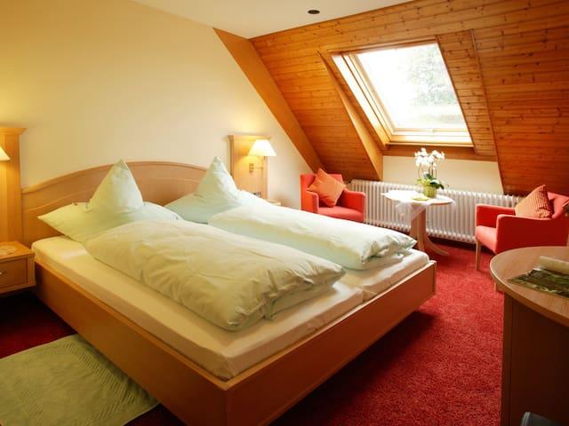 Hanselehof, (Oberwolfach), Familienzimmer mit zwei getr. Schlafzimmern