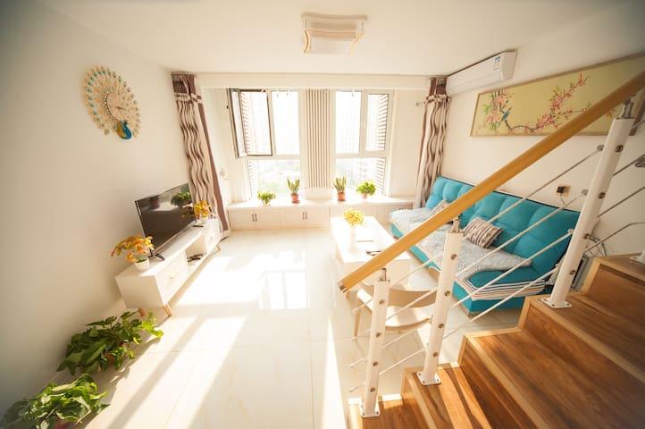 夏日民宿loft【双床房+厨房】N21