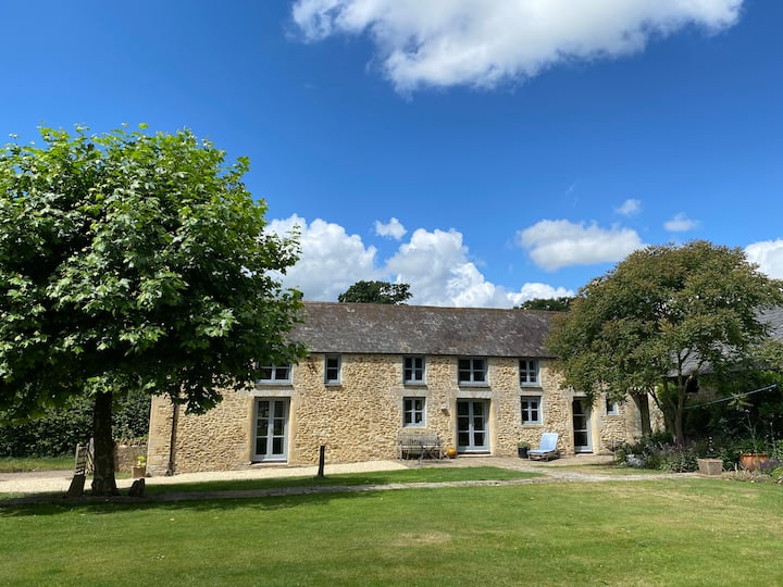 Nr Bruton,  Somerset, Entire House, Sleeps  6