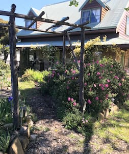 East Coast Homestay, private room with ensuite. - Triabunna