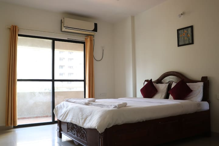 Beautifully room at walking from Balewadi Stadium