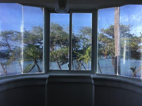 Suite Cozy Ocean Front 301