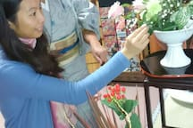 You can take a flower lessons at 4000 yen.Ohara ryu