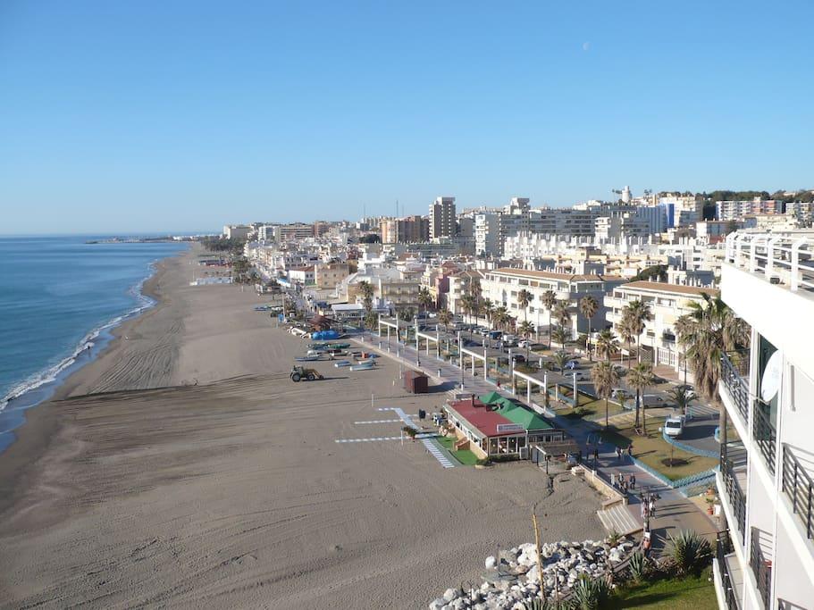 Aussicht auf den Strand Carihuela