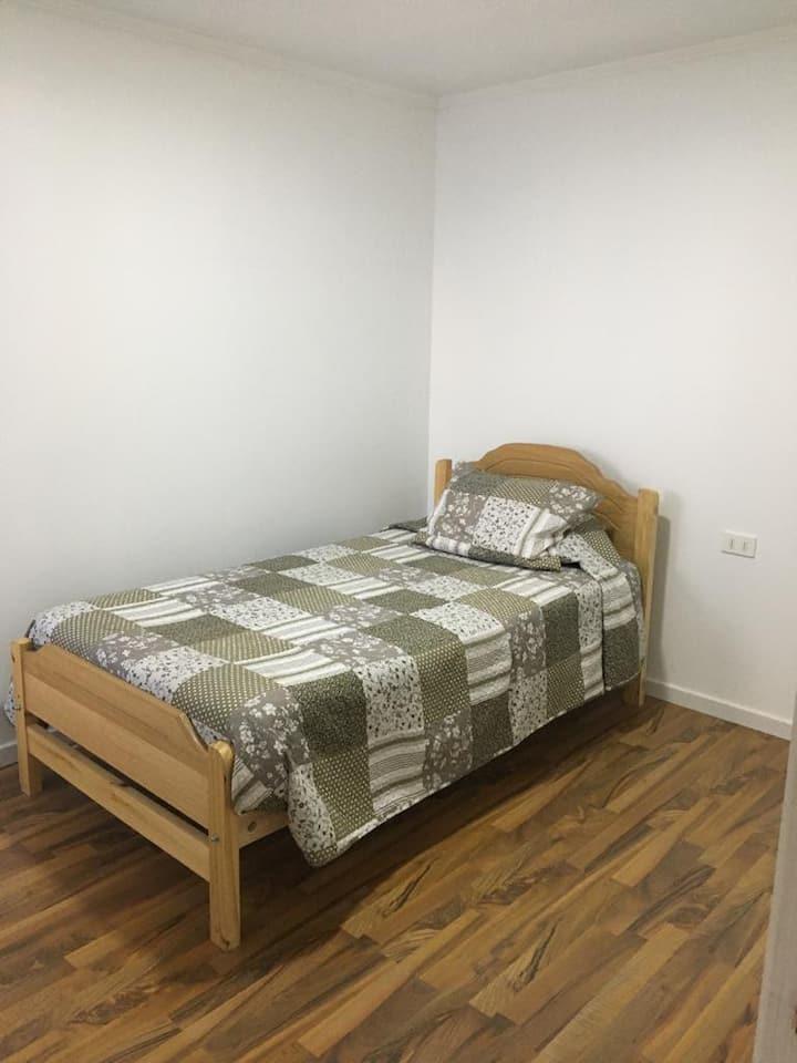 Habitación simple @miradaalpuerto 1