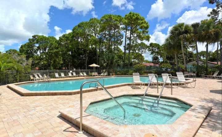 Resort Style Villa-South Sarasota-Siesta Key