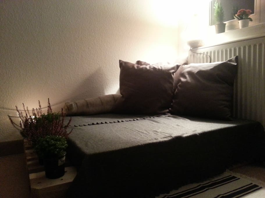 My cosy pallet couch (part one)