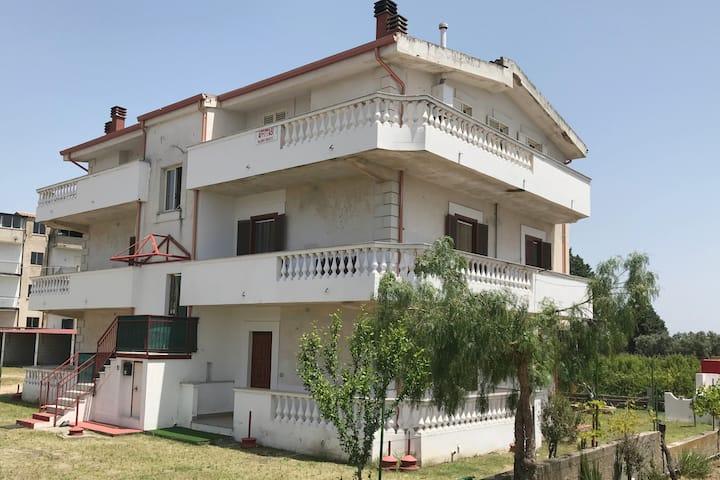 Villa Tina, Sellia Marina relax a 2 passi dal mare
