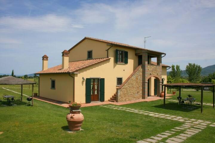 TORREONE - Cortona - Apartment