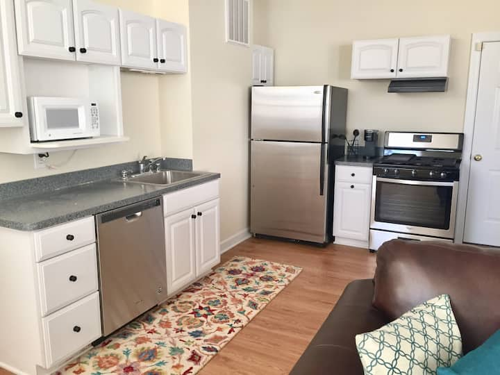 Private Apartment close to Downtown Fredericksburg