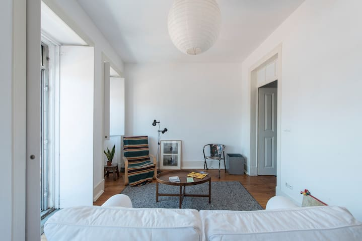 Bright flat in Alcantara, riverside neighbourhood - Lisboa - Wohnung