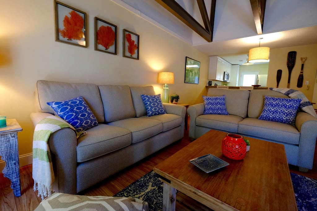 Newly remodeled and furnished The Gypsy Sea cottage was designed to feel like your home away from home.
