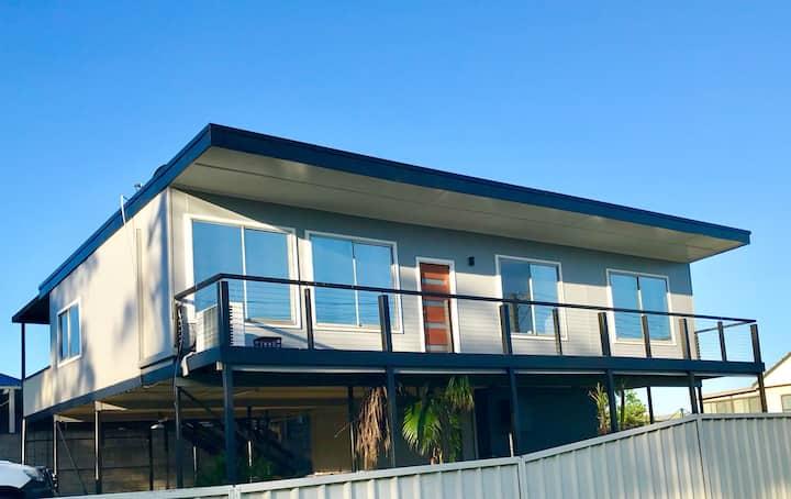 3 Bedroom House - Sunset at Farnsworth