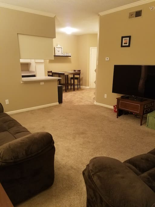 Living room area Complete with cable TV service & WiFi!