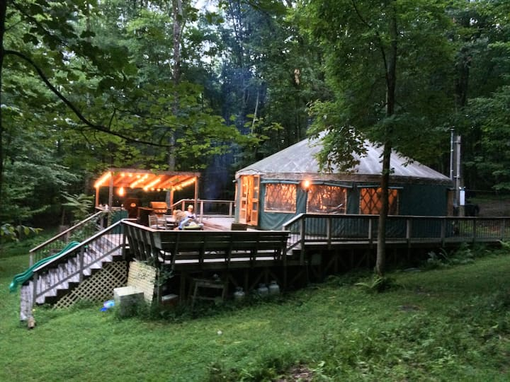 Yurt in Upstate NY - private river-2 hrs from NYC