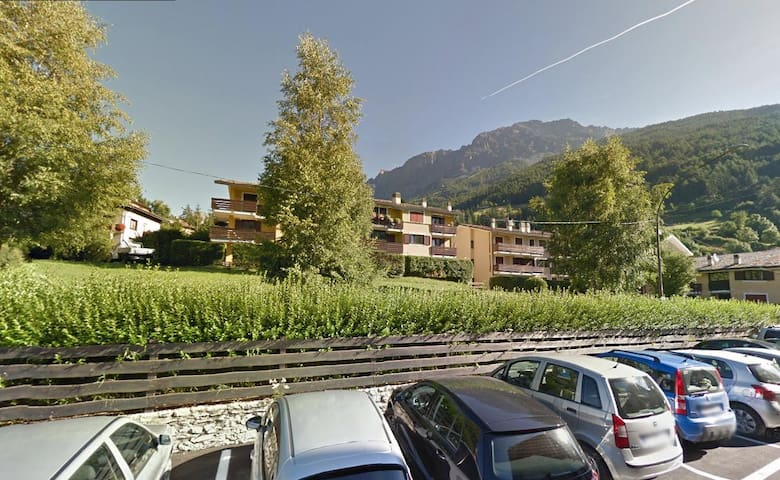 Bormio center-50 meters from the thermal baths/SPA