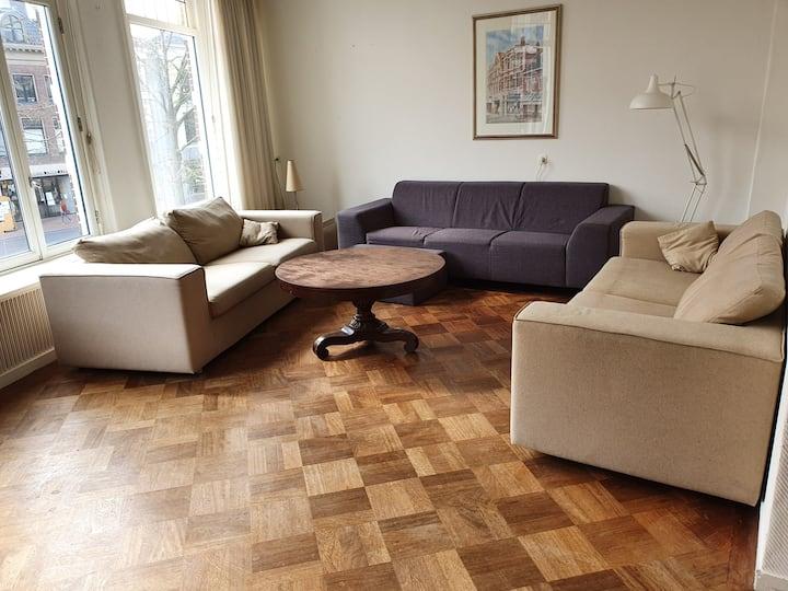 Ruim 8 persoons appartement centrum Leeuwarden