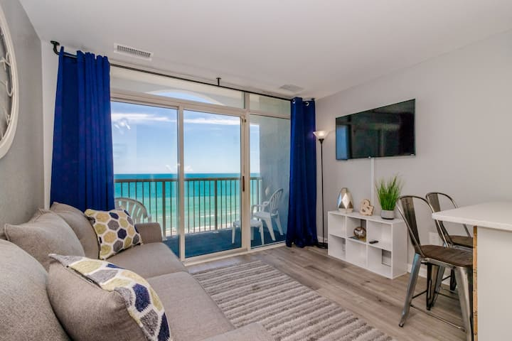 Oceanfront One Bedroom Condo~Sea Watch 1114