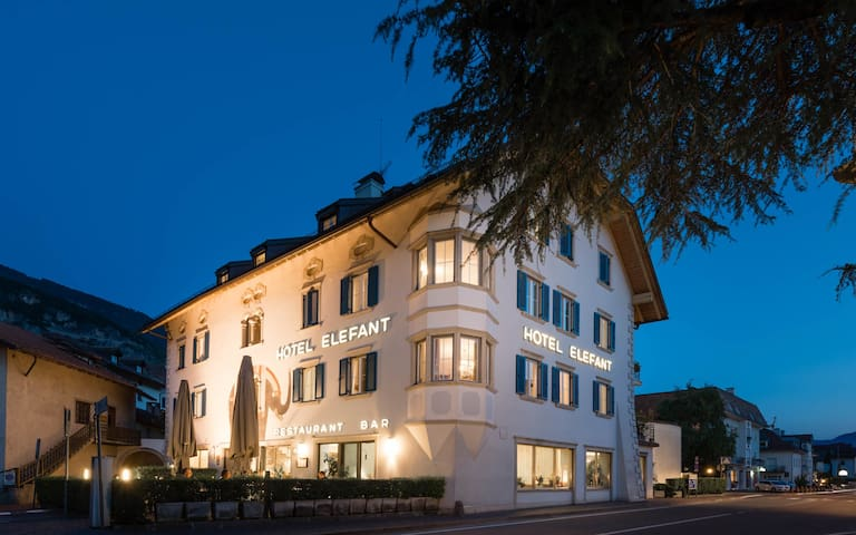Hotel Elefant Auer/Ora