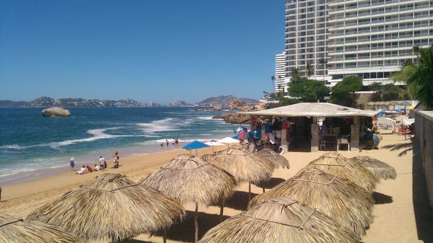 Stay in the heart of Acapulco, sit back and relax