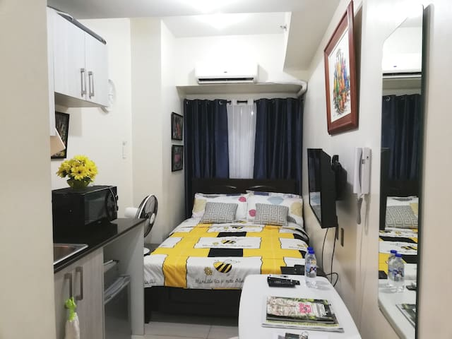 Manila Comfy Bed Studio! 30mbps Fast WIFI & REPLY!