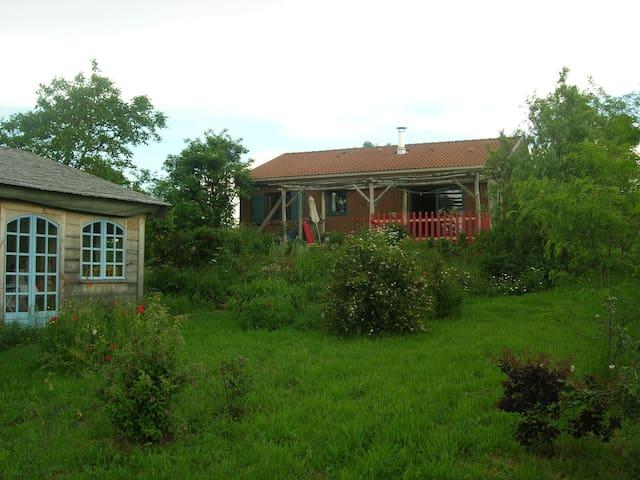 80m2 en pleine campagne - Isserteaux - Rumah