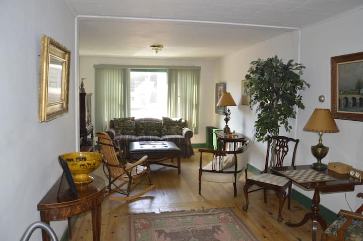 Great apartment in the downtown of Saranac Lake