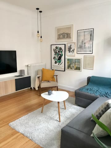 Charming and spacious apartment in Trøjborg.