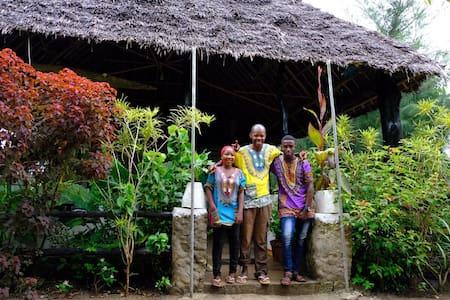 Pemba  Moonlight Guesthouse Bungalow 2