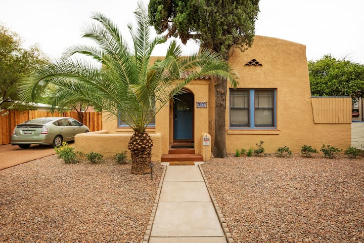 A Desert Oasis - Updated and Full of Tucson Charm!