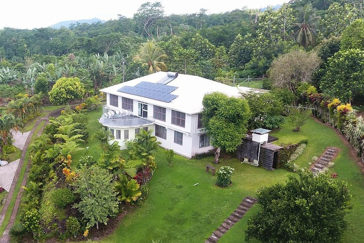 Samoan Highland Hideaway - Homestead