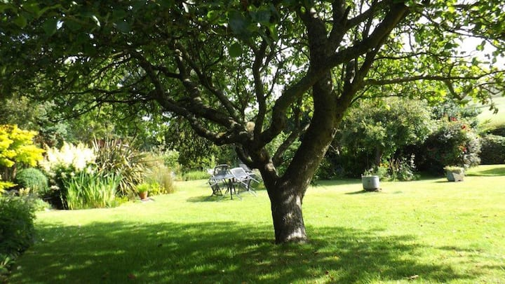 Sweet Briars Isle of Wight Self Catering Cottage