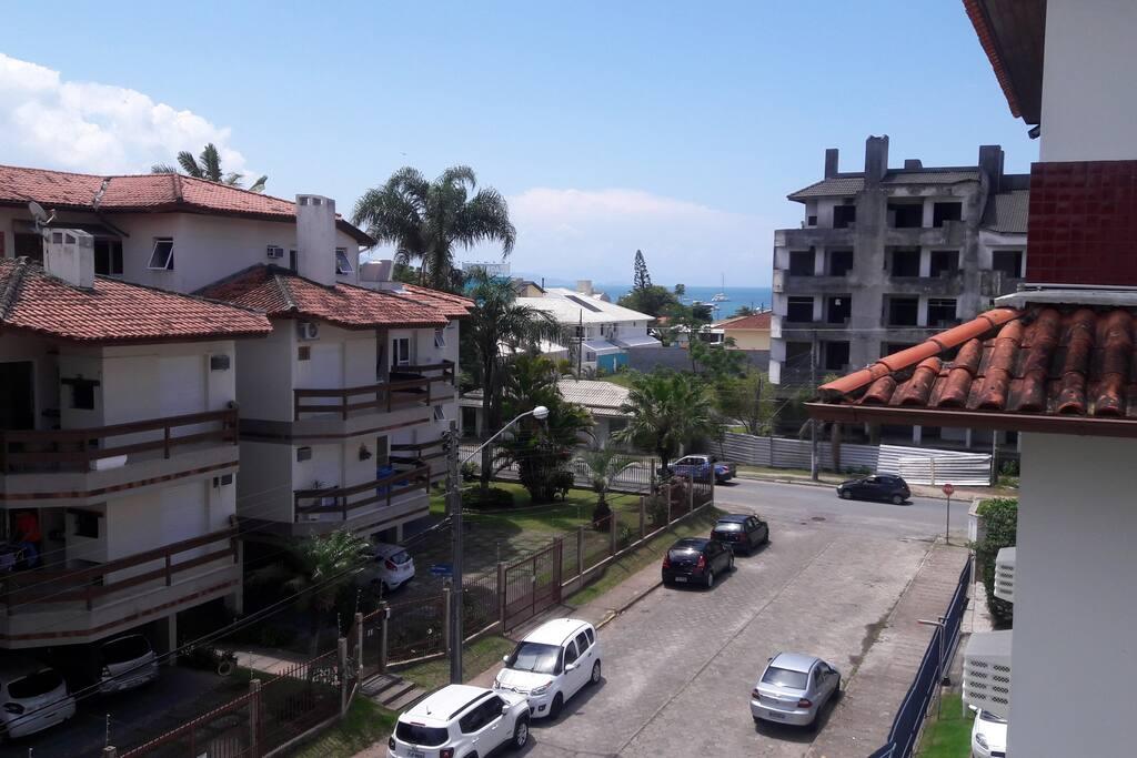 Rua das Tainhotas - Vista do mar, na varanda