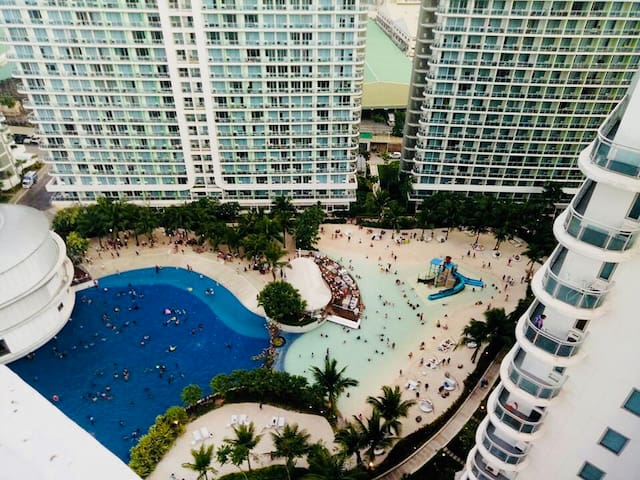 Azure Urban Resort Residences Maui Tower 2BR