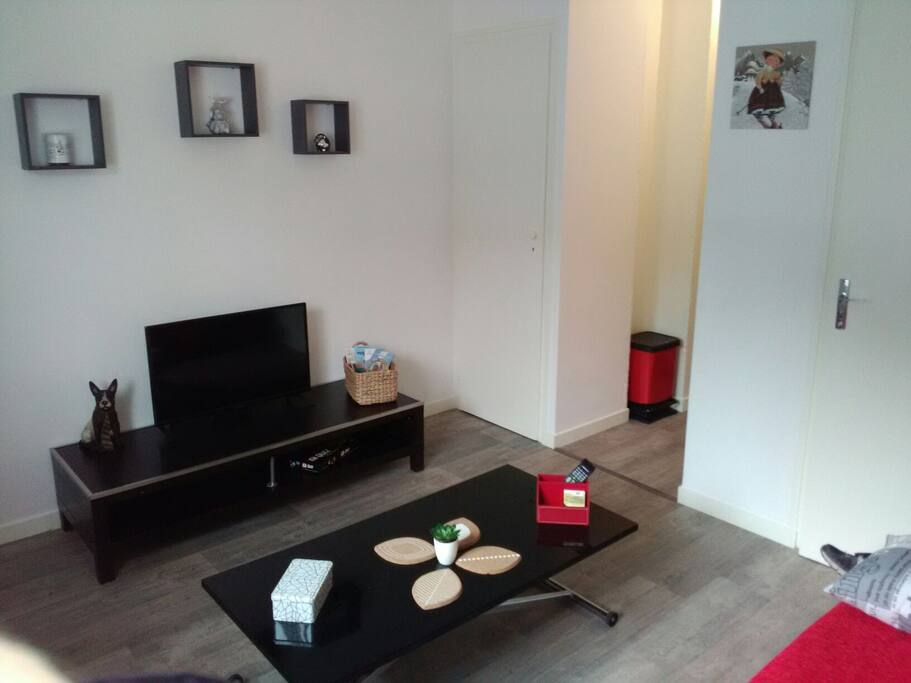 studio annecy nord parking apartments for rent in annecy auvergne rh ne alpes france. Black Bedroom Furniture Sets. Home Design Ideas