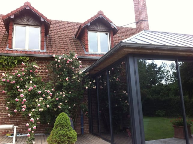 Huge shared property for quality time - Dancourt-Popincourt