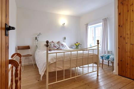 Light and spacious room in Lavenham - Lavenham - Hus