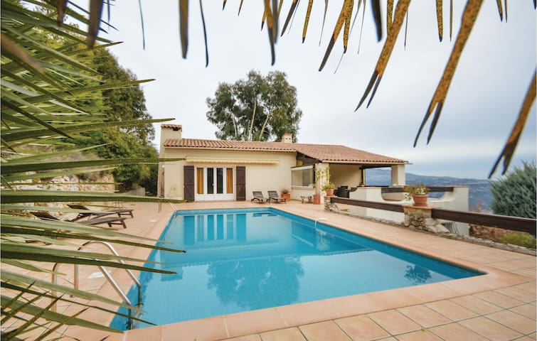 Holiday cottage with 4 bedrooms on 230m² in Carros