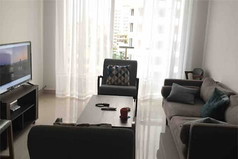 2 Bedroom Modern  furnished Apartment - Sea view