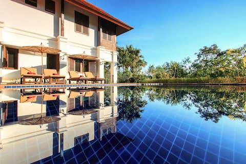 Stunning Colonial Pool Villa Chiang Mai